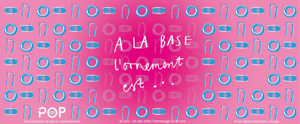 Visuel : A LA BASE l'ornement est ...