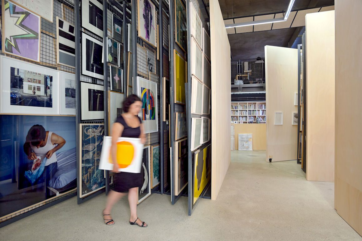 Vue intérieure du FRAC-Artothèque