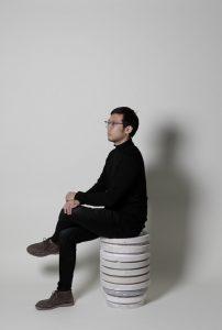 photo : Boxuan TAN à l'atelier Porcelaine and process