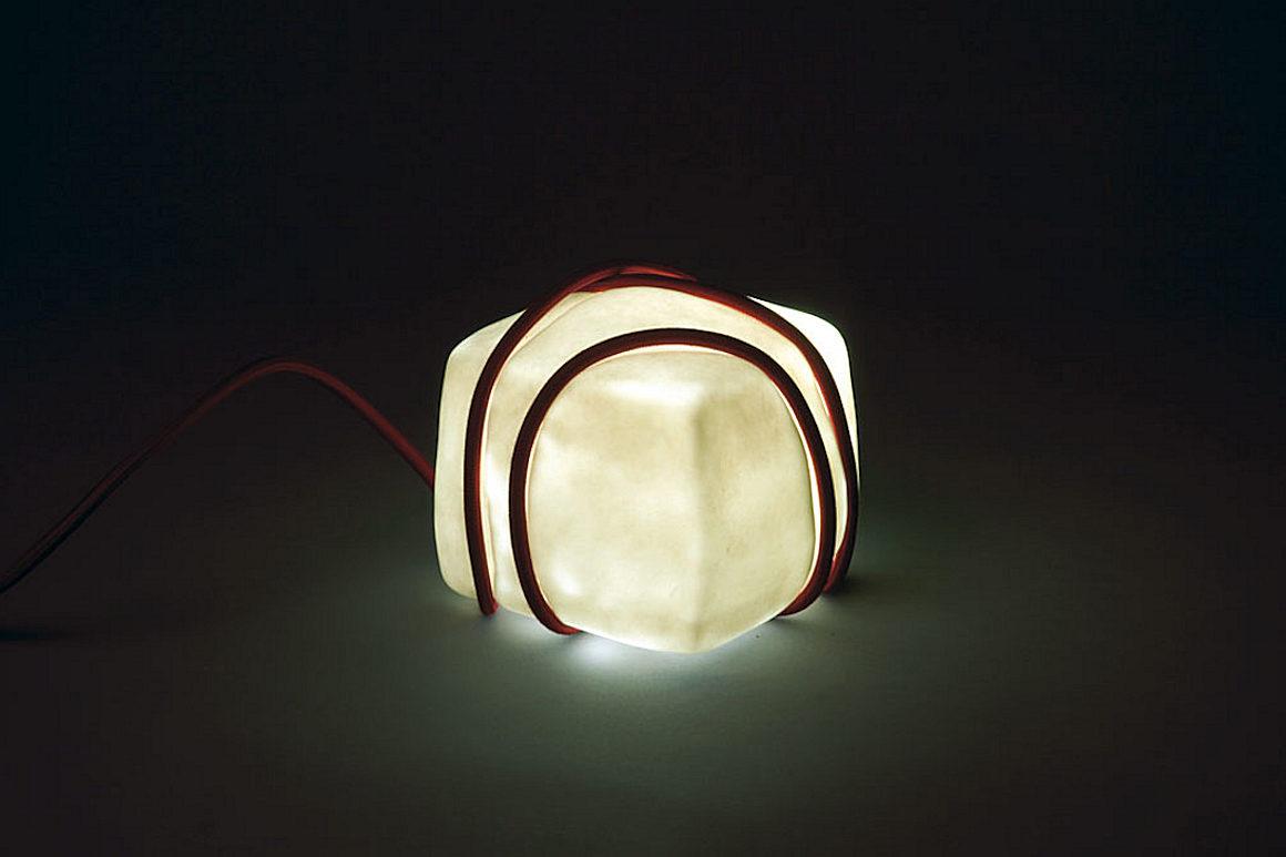Photo d'une création dans le cadre du projet 3 écoles 2012-2013, au fil de la lumière