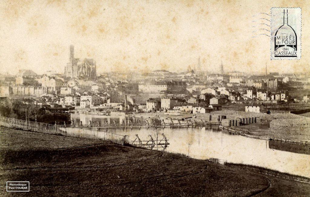 Photo : 1816 / 2016 Bicentenaire de « la Fabrique de Porcelaine des Casseaux »