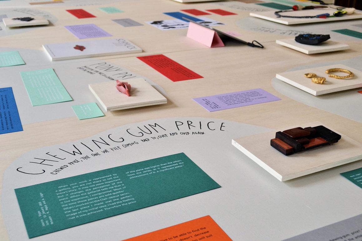 """Photo : Vernissage de l'exposition """"Le bijou, still a risky business"""" à Munich"""