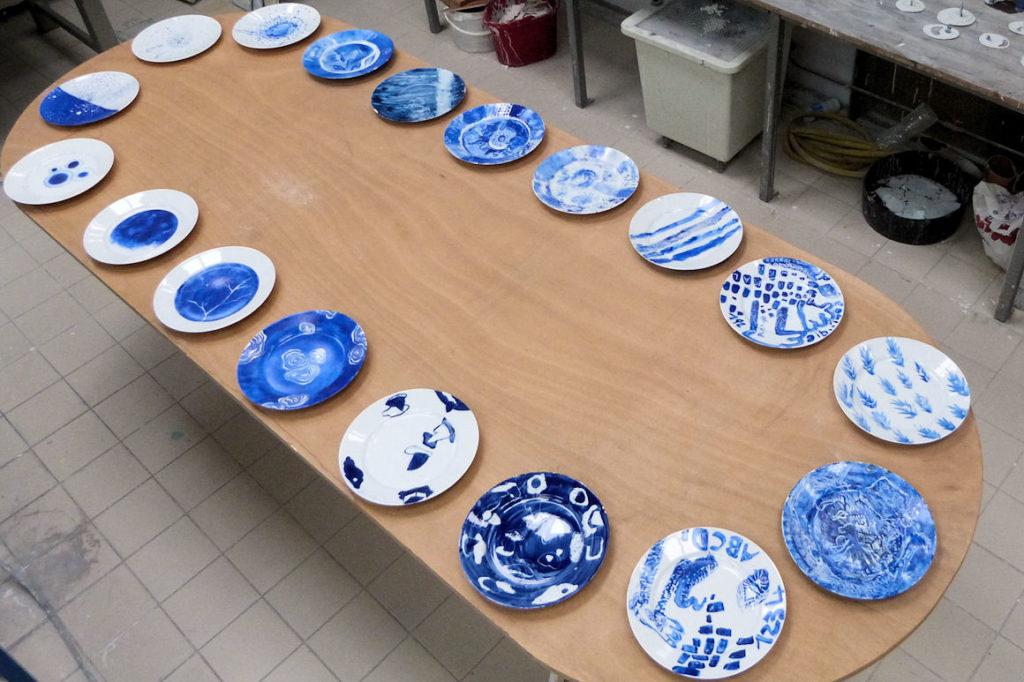 Photo : atelier Décors sur porcelaine