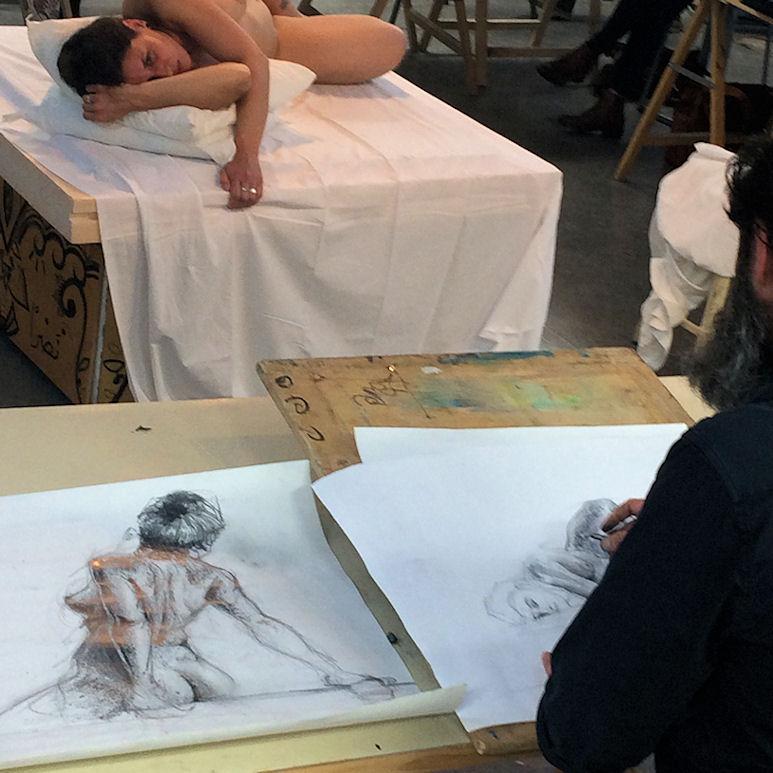 Photo : atelier dessin / NU avec modèle vivant