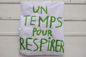 """Photo : affiche """"un temps pour respirer"""""""