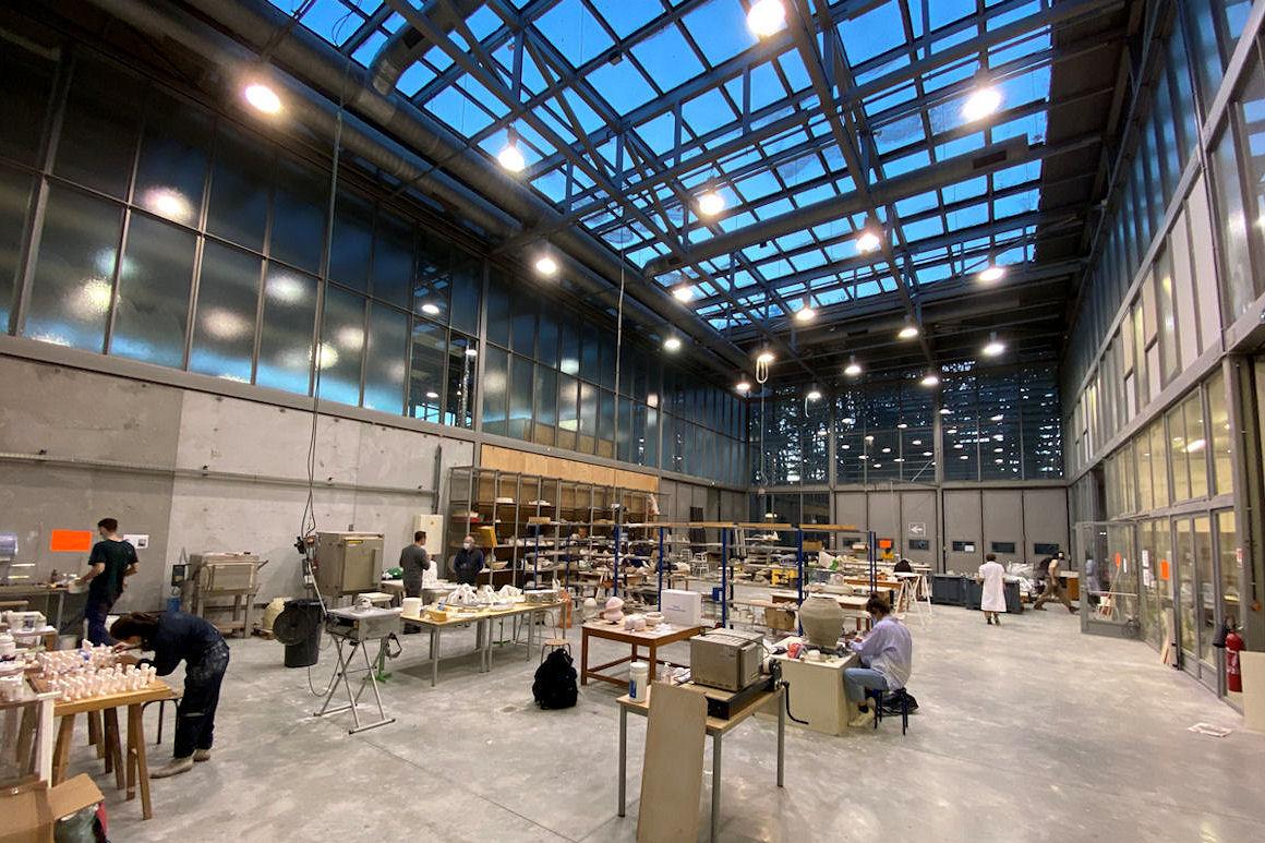 Photo : nouvel atelier céramique et décor