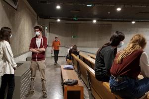 """Photo : étudiants dans le cadre du projet pédagogique """"improvisation"""" encadreé par Marc Guillot"""