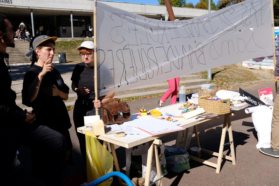decoloniser_les_corps_lancement2eme_biennale_9
